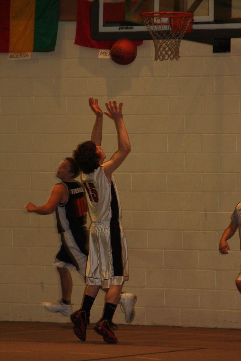 Basketball 2010 057
